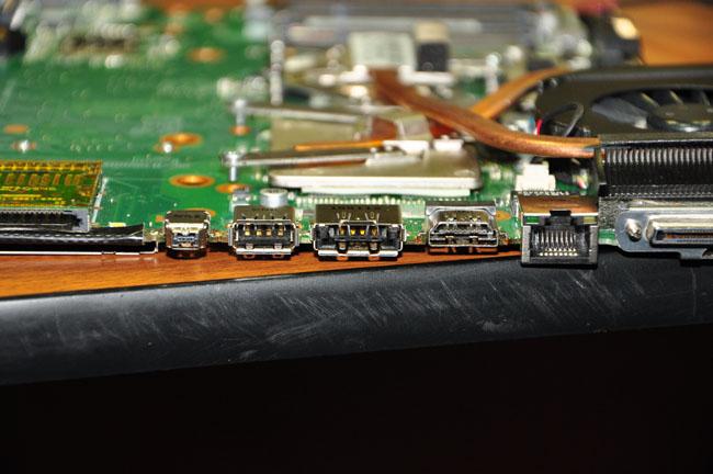 ремонт и замена разъема ноутбука